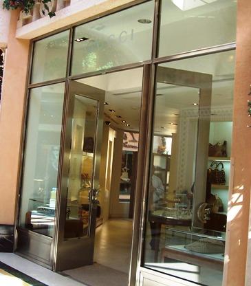Atlantis Shopping Gucci