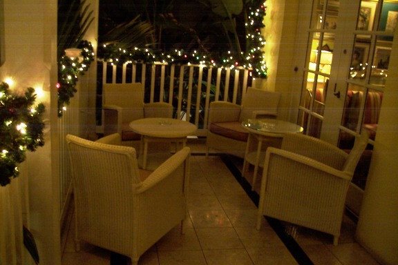 Cafe Martinique Atlantis veranda