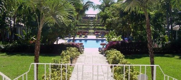 Versaille Pool Ocean Club Bahamas