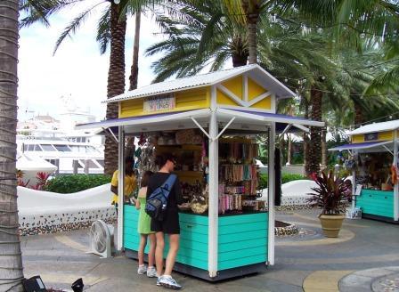 Paradise Island shopping